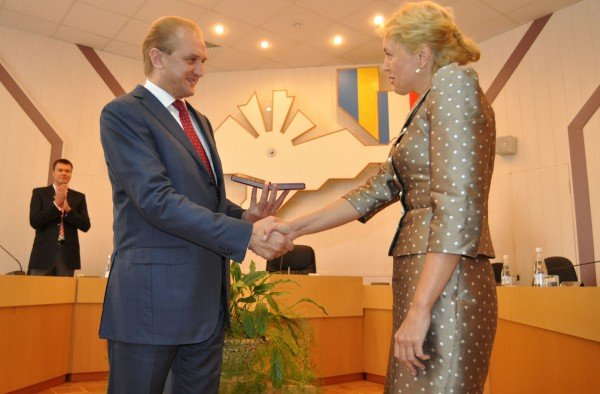 Заместитель председателя Совмина Крыма стала заслуженным экономистом Украины (ФОТО), фото-2