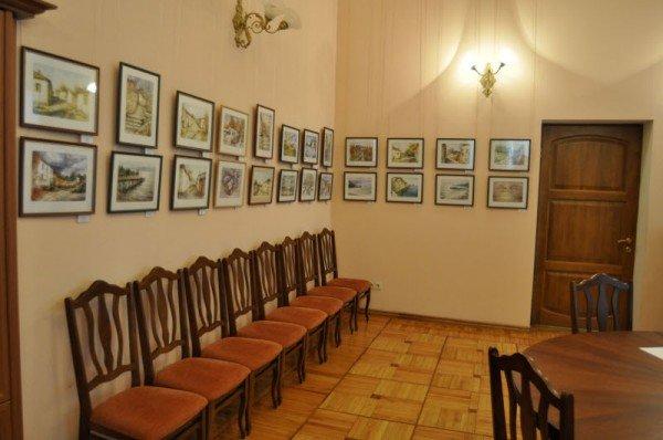 В Симферополе выставили картины, выполненные в редкой художественной технике - монотипии (ФОТО), фото-1