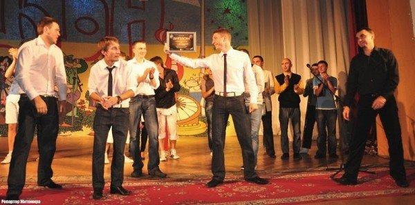 Алла Кудлай вдруге взяла кубок КВНу в чемпіонаті Житомира (фото), фото-9
