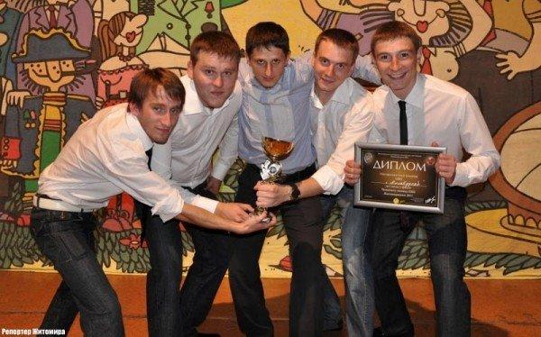 Алла Кудлай вдруге взяла кубок КВНу в чемпіонаті Житомира (фото), фото-10