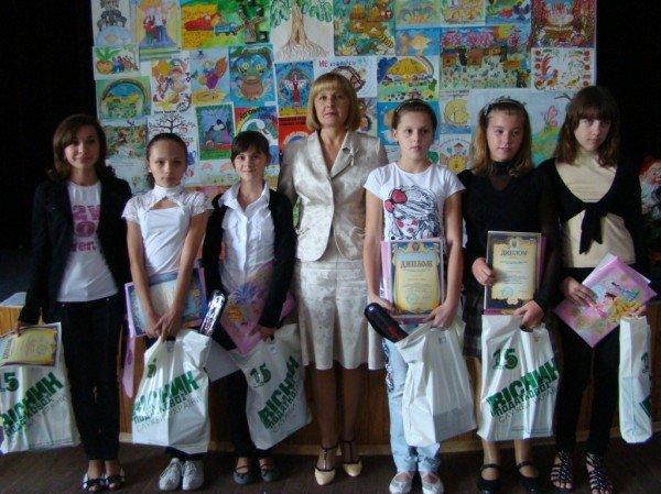 Податківці Житомирщини відзначили найталановитіших юних митців-учасників конкурсу «Податки очима дітей-2011», фото-1