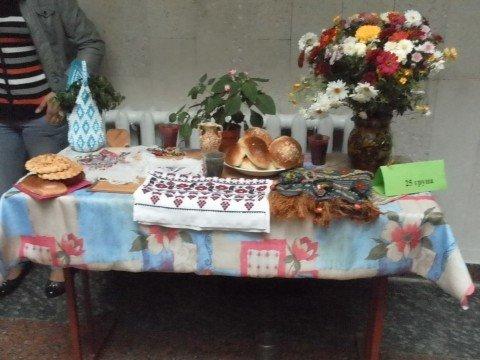Виставку квітів та благодійний ярмарок до Дня вчителя, фото-1