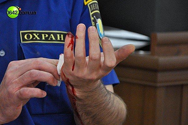 В Луганске на сессии горсовета пролилась кровь (ВИДЕО, ФОТО), фото-5