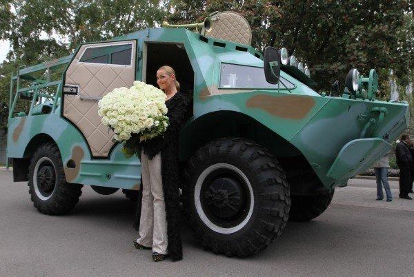 Анастасия Волочкова въехала в Донецк на БТРе (фото, видео), фото-4