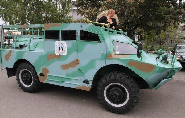 Анастасия Волочкова въехала в Донецк на БТРе (фото, видео), фото-6