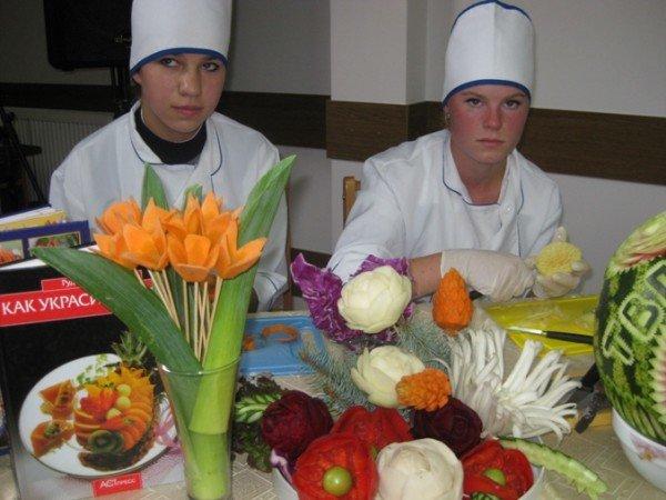 В Тернополі провели свято картоплі: з піснями, фокусами, конкурсами і смаколиками, фото-3