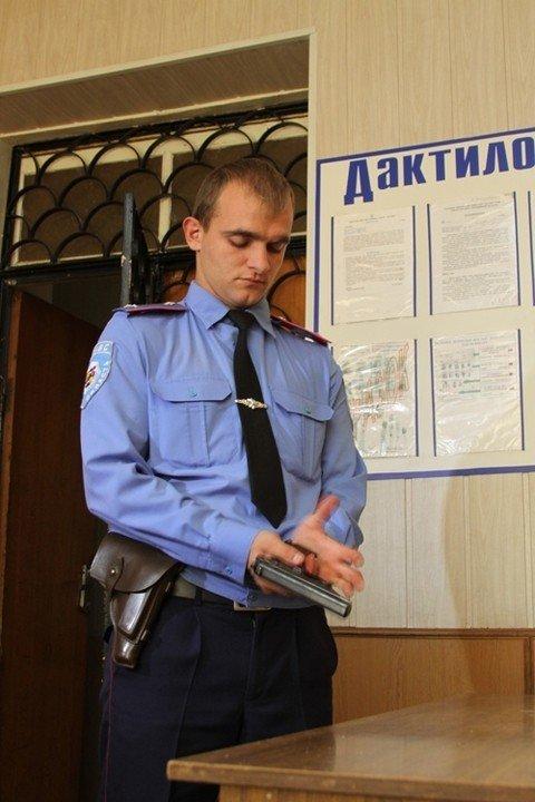 У Вінницькій області дільничний підстрелив крадія банку (ФОТО), фото-7