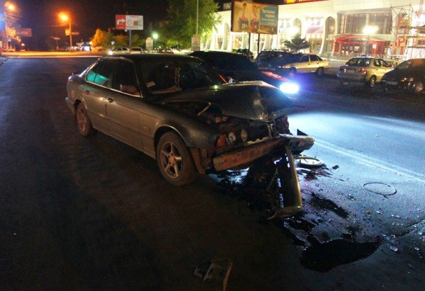 В Николаеве «BMW» протаранила милицейскую «Ниву» (ФОТО), фото-1