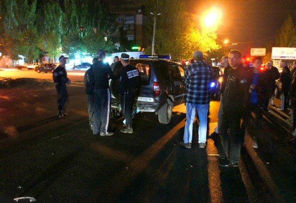 В Николаеве «BMW» протаранила милицейскую «Ниву» (ФОТО), фото-2