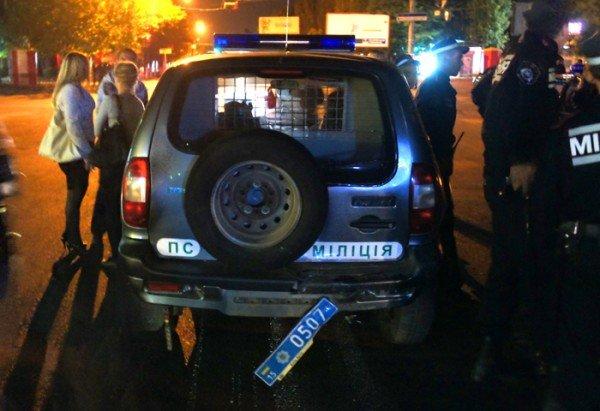 В Николаеве «BMW» протаранила милицейскую «Ниву» (ФОТО), фото-8