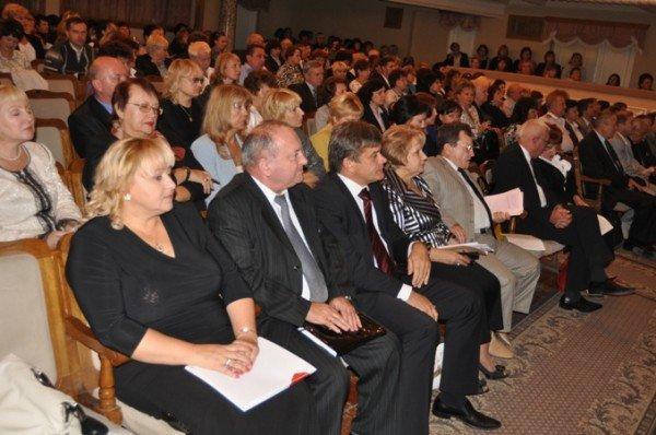 Крымским учителям пообещали премии (фото), фото-2