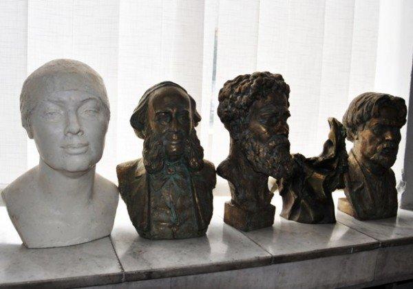 В Симферополе выставили 185 произведений крымских художников (фото), фото-4