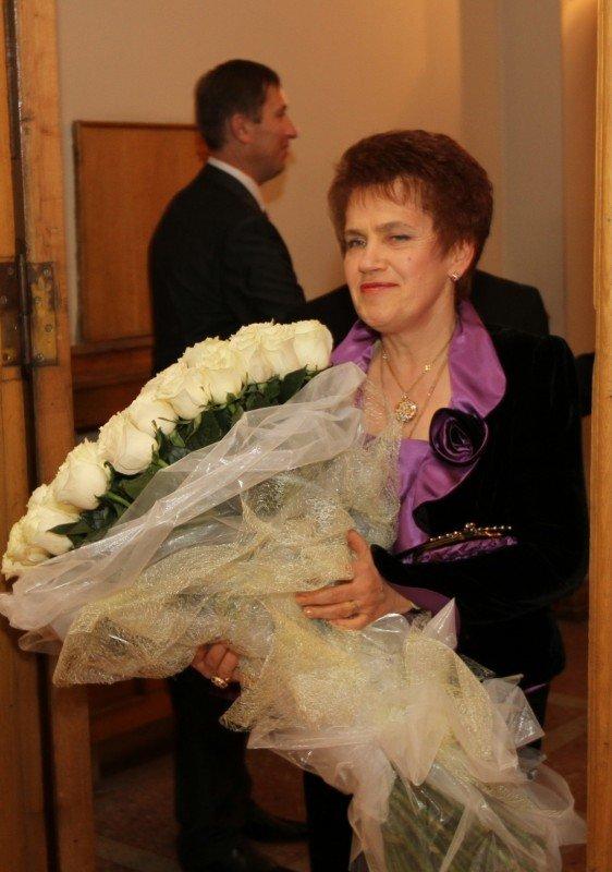 Людмилу Янукович поздравили с днем рождения в театре (фото), фото-1