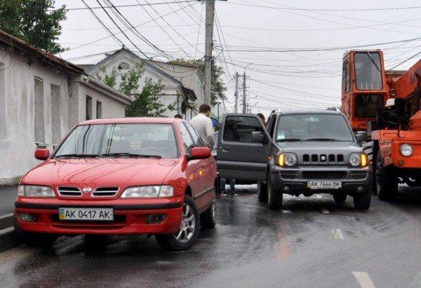Недоброе утро: по дороге на работу «Жигуль» въехал в иномарку (фото), фото-2
