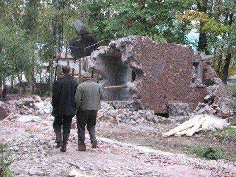 Незаконно збудовані споруди у парку Національного відродження демонтовані остаточно (фото), фото-2