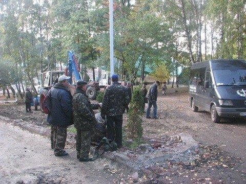 Залишки сектантської каплиці у тернопільському парку змели і викинули, фото-3