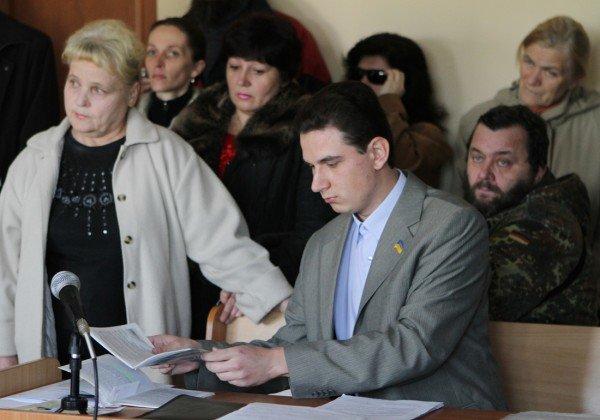По иску о незаконности повышении тарифов  донецкий судья  принял два взаимоисключающих решения (фото), фото-1