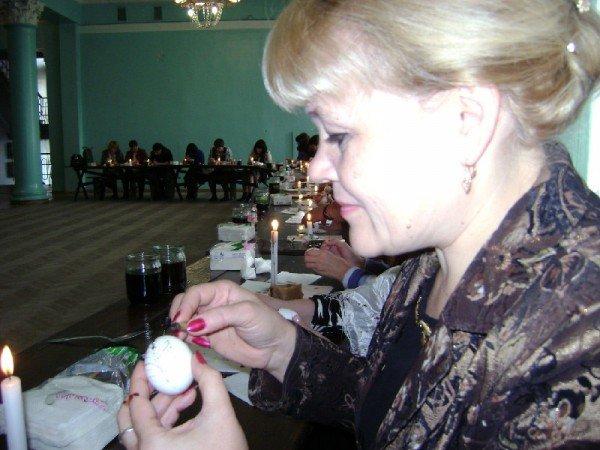 В Артемовске интеллигенция области красила яйца, фото-4