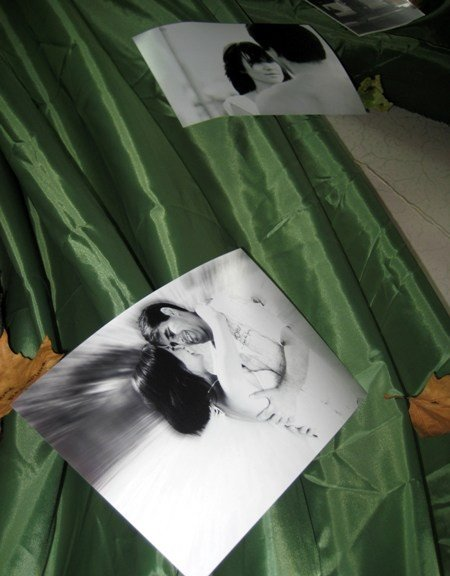 В Симферополе открылась выставка черно-белых фотографий о любви (фото), фото-3