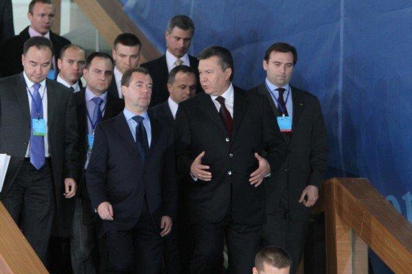 На встрече в Донецке Янукович и Медведев договорились о торговле и поездах, но не о газе? (фото), фото-4