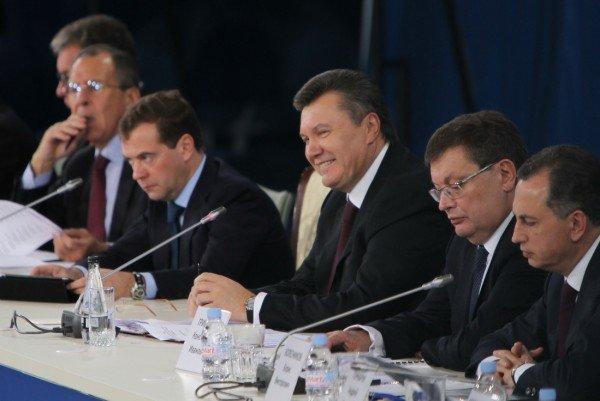 Янукович и Медведев в Донецке – много шума и ничего? (фото), фото-5