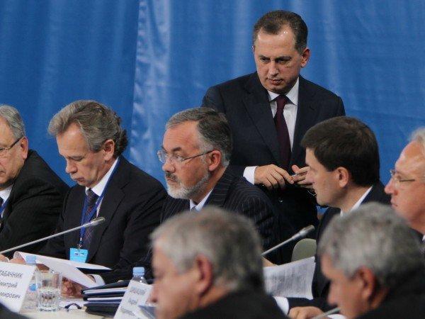Янукович и Медведев в Донецке – много шума и ничего? (фото), фото-7