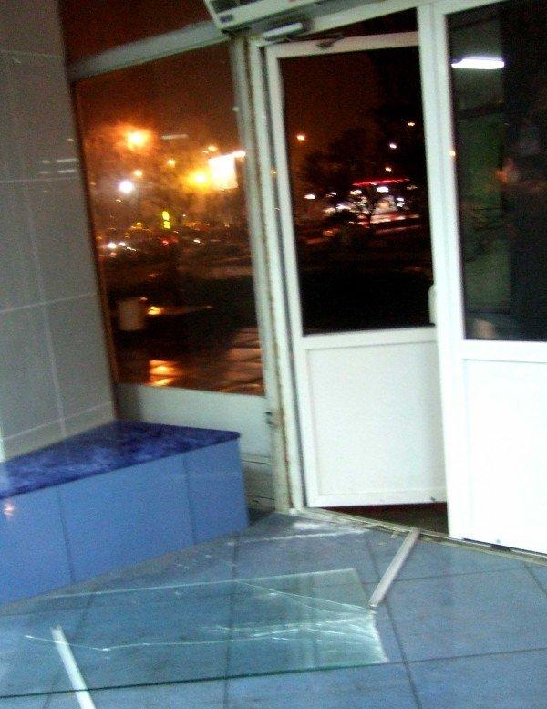 На концерте «Бутырки» в Донецке «выставили» двери, а Ждамиров расстроился, что не попадет сегодня на «Донбасс Арену» (фото), фото-5