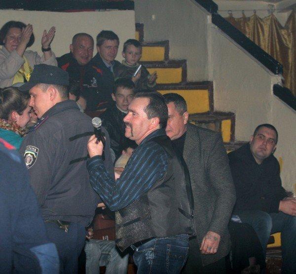 На концерте «Бутырки» в Донецке «выставили» двери, а Ждамиров расстроился, что не попадет сегодня на «Донбасс Арену» (фото), фото-4