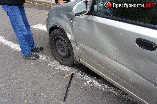В центре Николаева две иномарки не поделили перекресток (ФОТО), фото-3