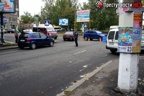 В центре Николаева две иномарки не поделили перекресток (ФОТО), фото-7