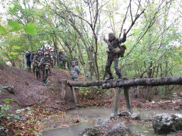 Украинские военные одолели врага, затаившегося в горах Крыма (фото), фото-4