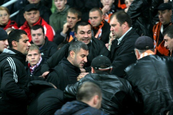 Драка на «Донбасс Арене» во время матча «Шахтер» - «Зенит» (фото), фото-1