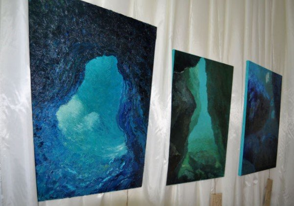 В «Ласточкином гнезде» показали картины, написанные под водой (фото), фото-3