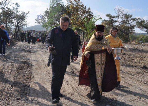 Байкеры вместе с мэром Симферополя высадили аллею акаций (фото), фото-4