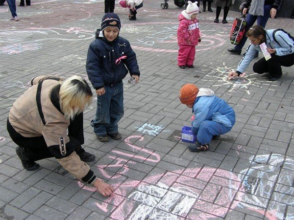 Bелосипедисти і волонтери нагадували про рак молочної залози у сквері Козицького (ФОТО), фото-2