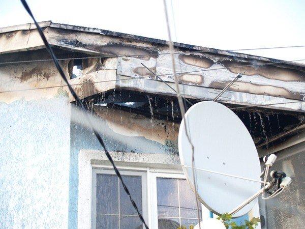 В Симферополе плазменный телевизор стал причиной пожара, фото-1