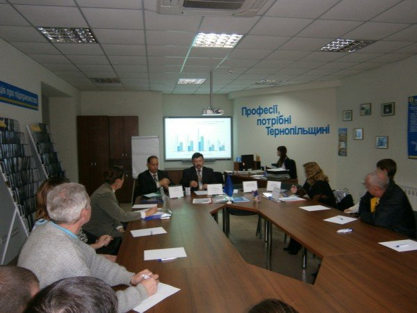 В Тернополі безробітних вчили відкривати власний бізнес, фото-2