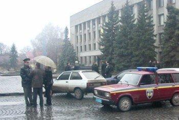 В Ужгороде работает внеочередная сессия городского совета, фото-1