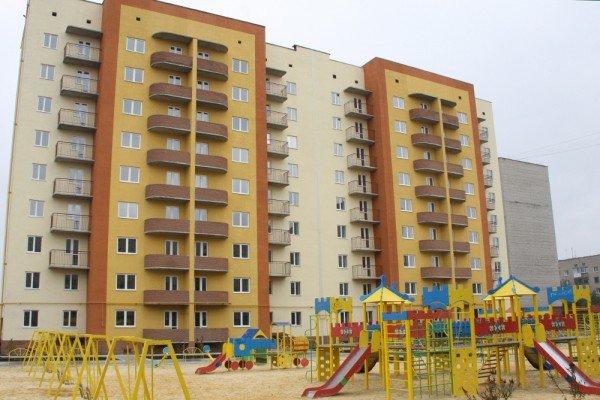 ДЖД построила для железнодорожников многоэтажный дом под Донецком (фото), фото-1