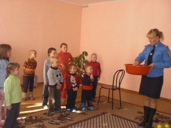 Милиционеры навестили воспитанников детского приюта (ФОТО), фото-1