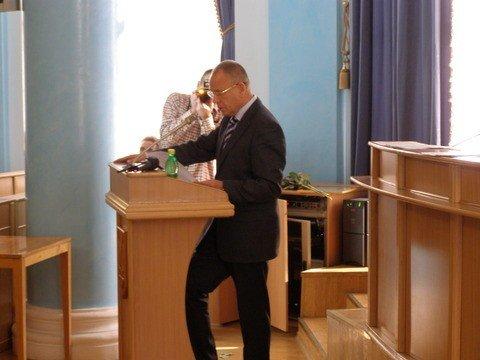 У Вінниці депутати на сесії понад годину слухали губернатора  (ФОТО), фото-1