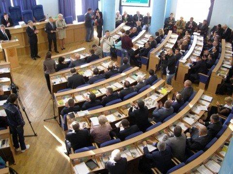 У Вінниці депутати на сесії понад годину слухали губернатора  (ФОТО), фото-2