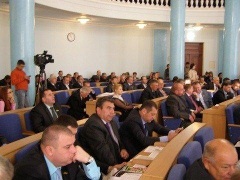 У Вінниці депутати на сесії понад годину слухали губернатора  (ФОТО), фото-3