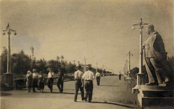 В Донецке скоро можно будет увидеть памятник Сталину в парке Щербакова и купеческий особняк на месте Грин Плазы (фото, видео), фото-6