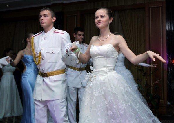 Новосветский бал в Донецке открыла правнучка Джона Юза (фото), фото-6