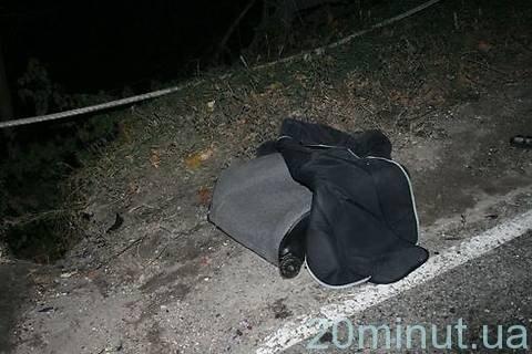 Поблизу Вінниці автомобіль розірвало навпіл (ФОТО), фото-4