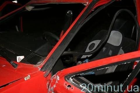 Поблизу Вінниці автомобіль розірвало навпіл (ФОТО), фото-8