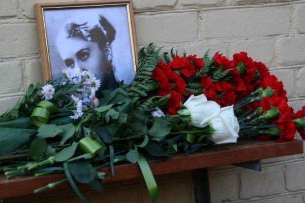 В Донецке Лилия Подкопаева открыла мемориальную доску, посвященную пятикратной олимпийской чемпионке  Полине Астаховой (фото), фото-6