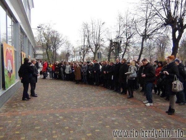 Памятник Оноре де Бальзаку відкрито у Бердичеві. Фото, фото-12