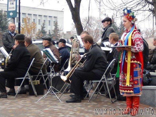 Памятник Оноре де Бальзаку відкрито у Бердичеві. Фото, фото-3